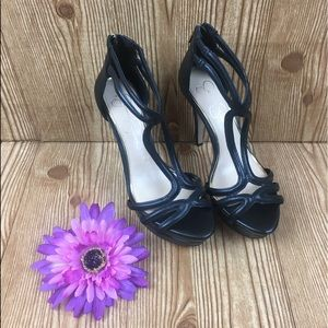 Jessica Simpson black heel